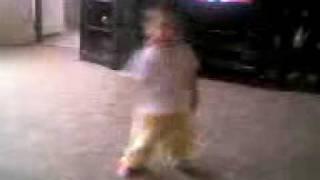 lukasek kanci tancuje