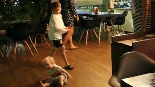 танец Рианны (1,4 года)