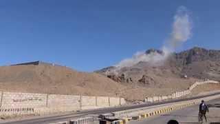 شاهد : التحالف يعاود قصف جبل نقم بصنعاء