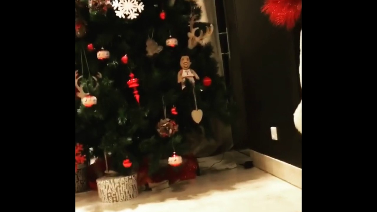 christmas tree antoine griezmann 2016 sapin de no l d 39 antoine youtube. Black Bedroom Furniture Sets. Home Design Ideas