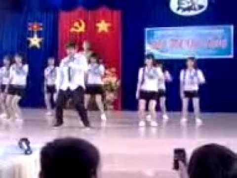 truong thpt ganh hao 12c3(2011-2012