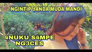 GAK TAHAN - NGINTIP JANDA MUDA MANDI - 4nuku s4mpe ng3ces | film komedi sunda lucu
