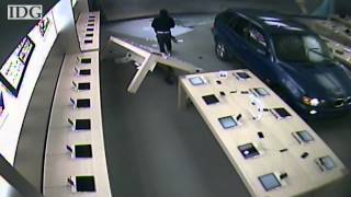 Raw video: Car smashes Apple Store in robbery