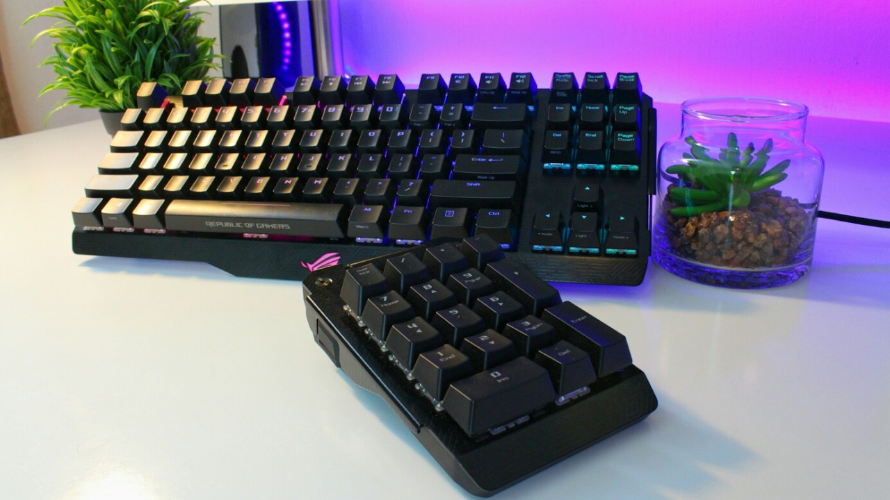 The Coolest Keyboard I Have Ever Used 250 Asus Rog Claymore Review Youtube