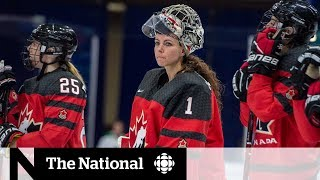 Women's hockey suffocating in Canada after league's collapse