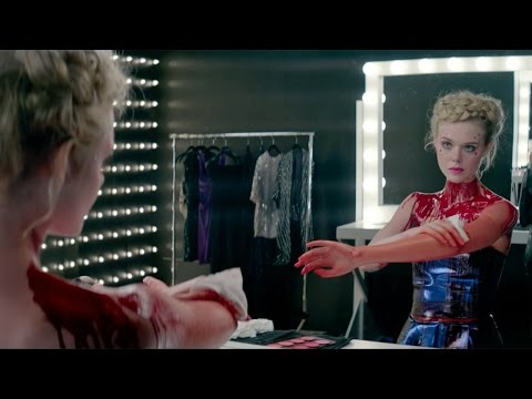 The Neon Demon new clip official - 1 of 3