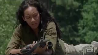 The Walking Dead 7x06 Tara And Cindy Fight The Dead