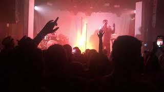 Lauv - Chasing Fire (live in Stockholm)
