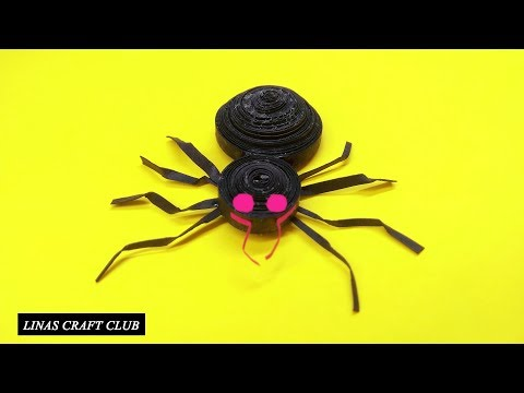 DIY Halloween Decoration Huge paper Spider from Newspaper linascraftclub