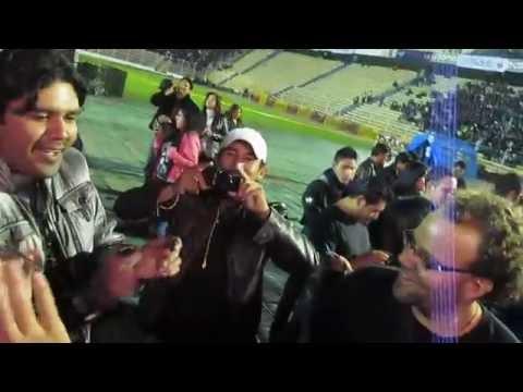 Israelis interviewed Hernando Siles Stadium LaPaz Bolivia GunsNRoses ראיון עם ישראלים בלה פז בוליביה