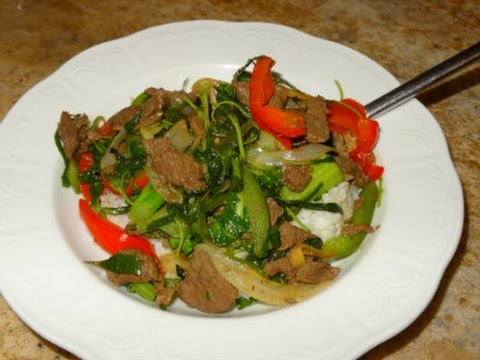 Pad Ka Prao (Thai Beef and Pepper Dish) - YouTube