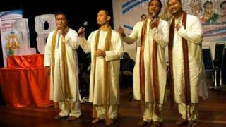 Amazing.. Tamil Song By Malay Boys..