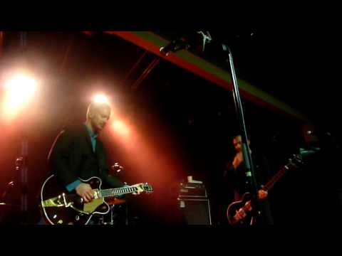 Fountains of Wayne - Radiation Vibe (Live 10/8/2011) mp3