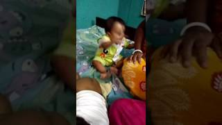 two childs fight