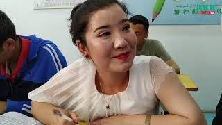 История Айнур - она сейчас в лагере перевоспитания в Синцьзяне