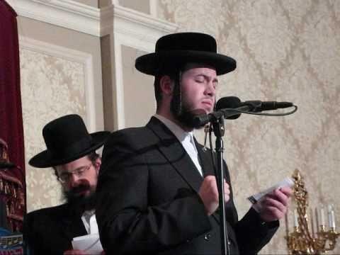 Motty Ilowitz with Mezamrim Choir at RCCS