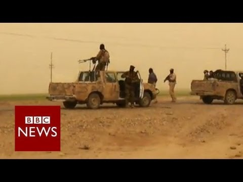 """Bodies on the road"" as insurgents seize Tikrit - BBC News"