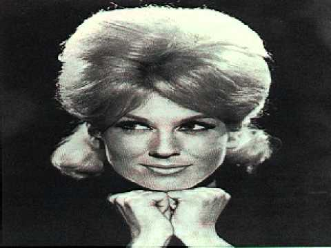 Joyce Muniz - Dusty Spooky