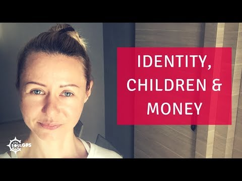 3 Common Obstacles to Leaving a Narcissist: Identity, Children & Money