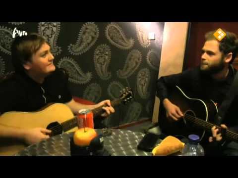 Passenger singing a Sinterklaas song (Dutch)