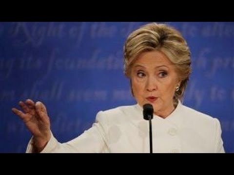 Hillary Clinton pivots on borders