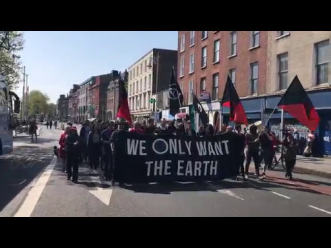 Anarchists on the Mayday 2017 march through Dublin