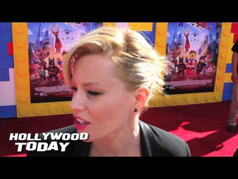 Elizabeth Banks talks about her Childhood Toy Memories at The LEGO Movie Premiere