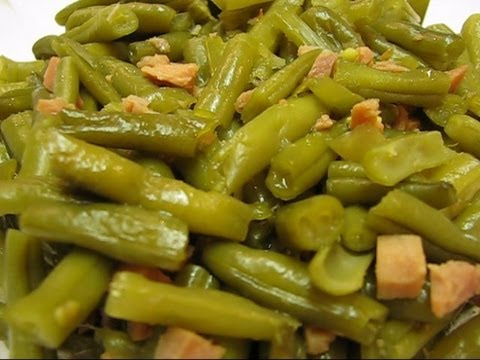 Betty's Slow Cooker Green Beans Seasoned With Ham