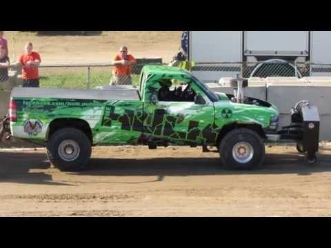 2016 Four Wheel Drive (4x4) Super Stock Truck Pulls in Greenwich NY Washington County Fair