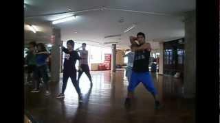 luigi huerta -  coreografia de Soncollay - sexy  dance