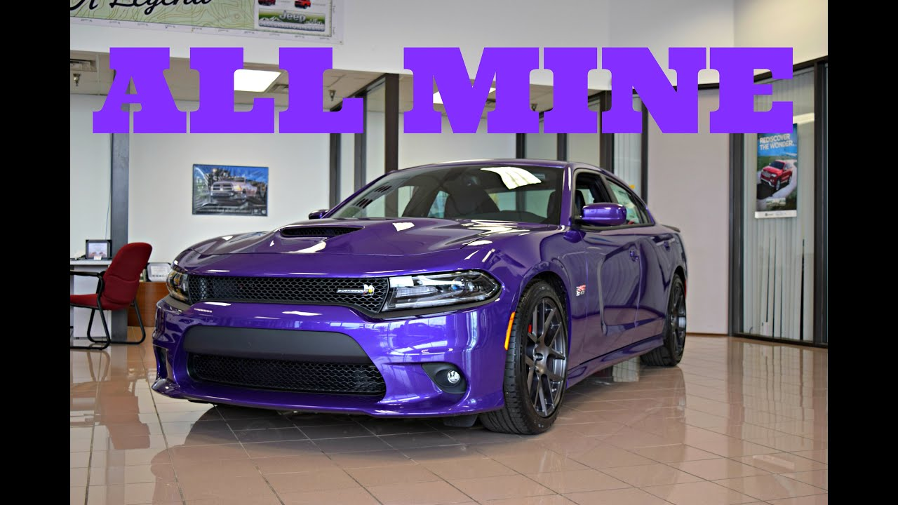 buying my 2016 dodge charger scat pack plum crazy purpl doovi. Black Bedroom Furniture Sets. Home Design Ideas