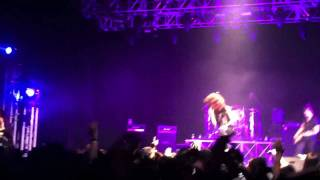 Mayday Parade Live in Singapore 2011 - Black Cat