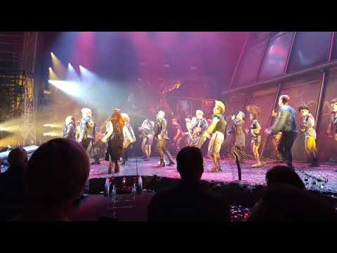 Bat Out of Hell The Musical  Curtain Call  Bat Reprise  20171018 evening Toronto