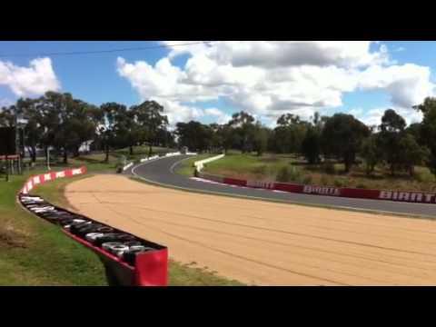 AUSmotive.com: Craig Lowndes in F1 car at Bathurst