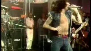 AC/DC Highway to Hell (Rare performance with Bon Scott)