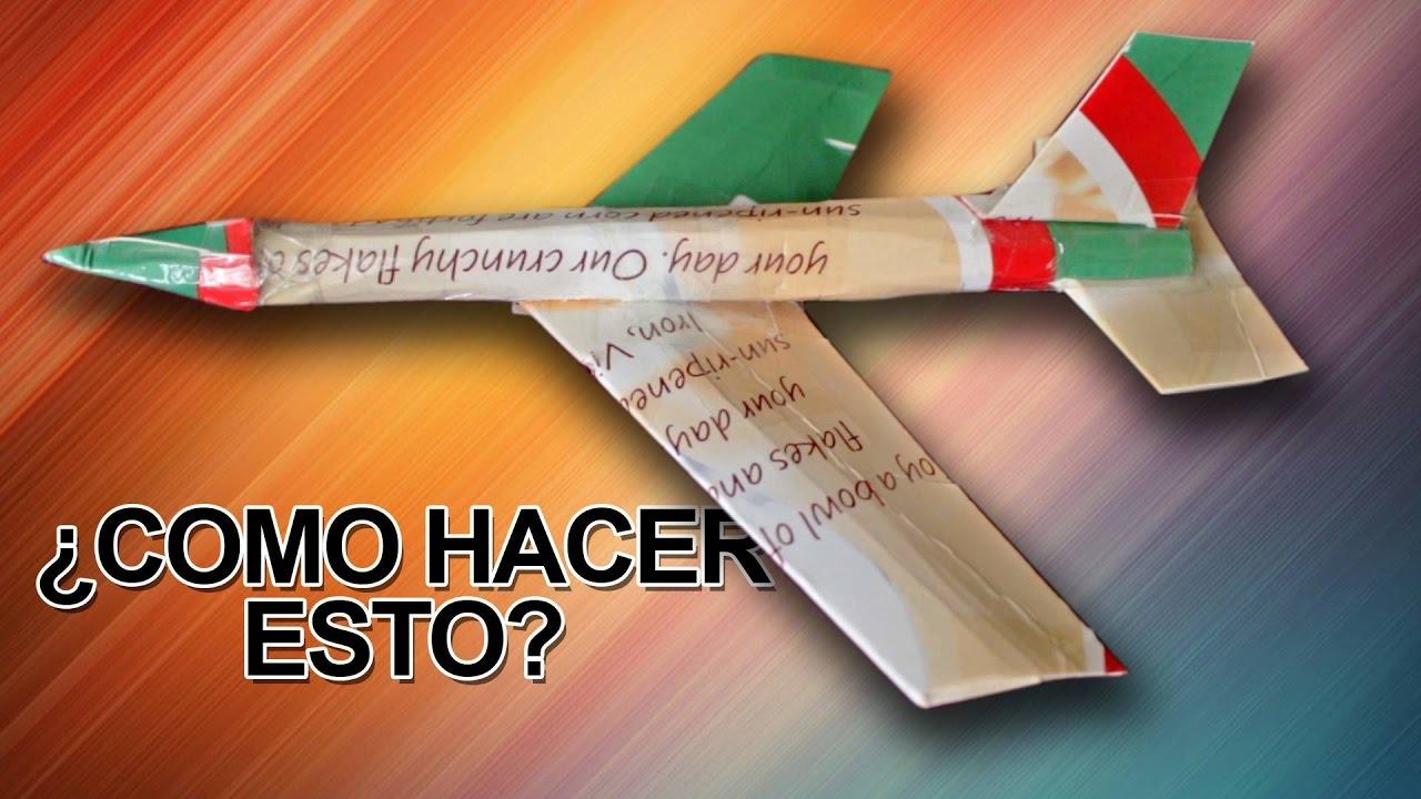 Jet De Un Cartón Como Avión Que Vuela Hacer F1JcTKl