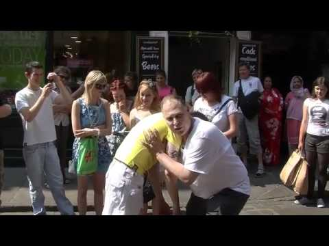 LIVE STREET HYPNOSIS IN ENGLAND STREETS WITH TOM SILVER STREET HYPNOTIST