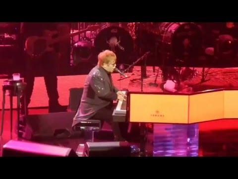 """Elton John - """"Circle Of Life"""" (Live in Las Vegas, NV) 2015"""