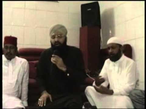Mehfil IN Madina pak 21 Ramzan 2009 part 3 by faisal azam.flv