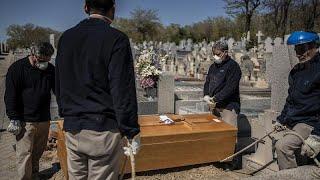 Коронавирус Испания новый антирекорд числа погибших но распространение инфекции замедляется