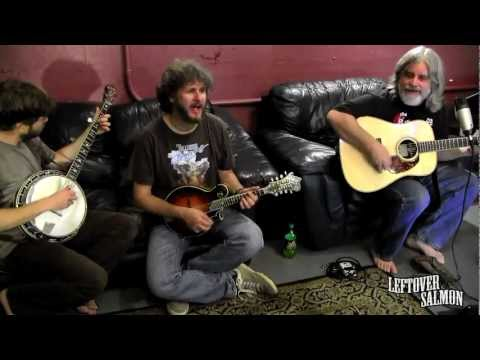 "Leftover Salmon- ""Walking Shoes"" Backstage & Unplugged (Exclusive)"