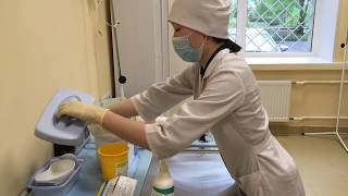 видео Неотложная (первая доврачебная, врачебная) помощь при приступе бронхиальной астмы: алгоритм действий