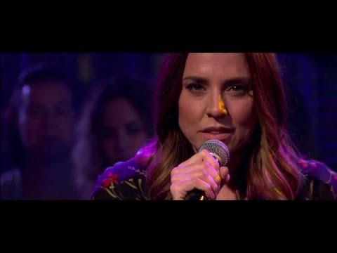 Melanie C opent show met oude hit - RTL LATE NIGHT