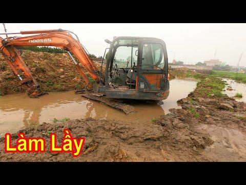 1 Số Kinh Nghiệm Khi Máy Xúc Đi Làm Lầy | Excavator stuck | Xuân Mạnh Vlogs
