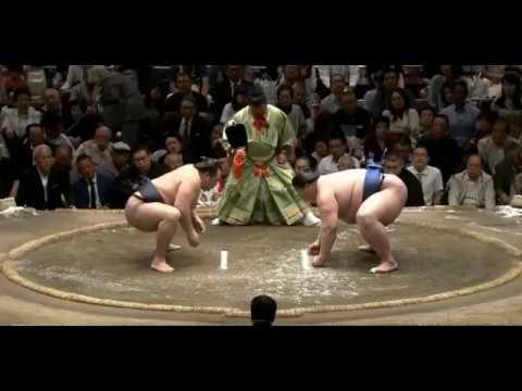 Kakuryu vs Ichinojo - Natsu 2018, Day 13