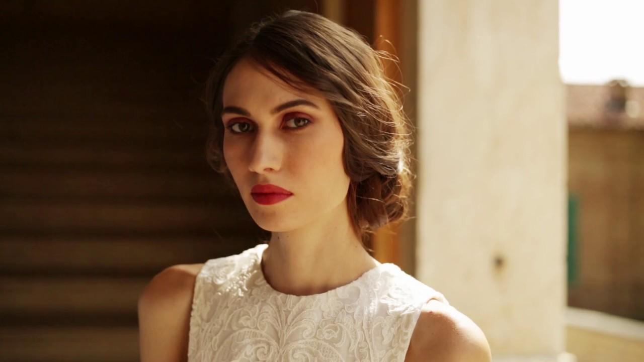 35dab03e74f7 Collezione sposa 2018 - Elena Pignata Bridal - Torino - YouTube