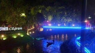 Video Teras Cikapundung (Teci) Bandung,Babakan Siliwangi /Baksil - (Special View : Malam) FULL download MP3, 3GP, MP4, WEBM, AVI, FLV November 2018