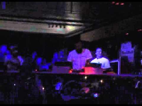 Paul van Dyk - LIVE @ Venue Athens Greece [22.08.2004] CAMRip