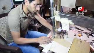 مراحل صناعة الفانوس الخشبى