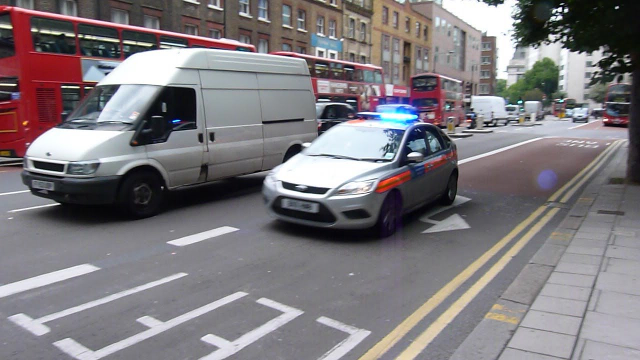 & Ford Focus Police Car Metropolitan Police - YouTube markmcfarlin.com